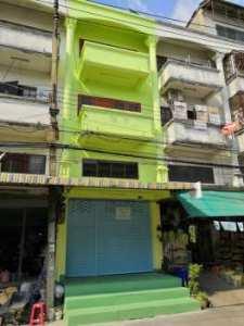 ขายตึกแถว 4 ชั้น (+มีดาดฟ้าเพิ่ม) ปรับปรุงใหม่หลัง เข้าซอยร่มเกล้า 28 เพียง 50 เมตร